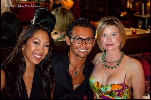 Erwin Gomez (center) with Janine Schoonover (right) and friend