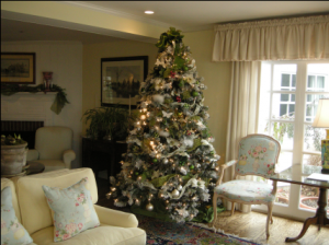 Christmas tree at The Inn at Perry Cabin - photo courtesy of the inn