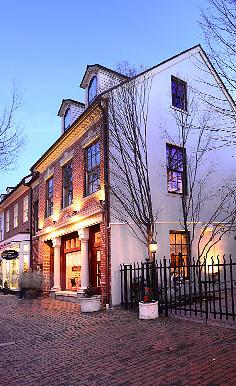 Nottinghill Restaurant & Garden Area