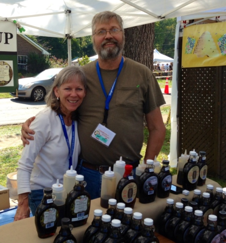 Joyce and Travis Miller of Falling Bark Farm at the Bluemont Festival