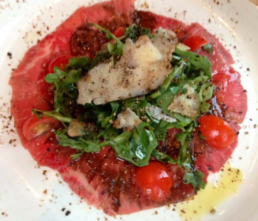 Rosy red Carpaccio at Lupo Verde