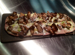 Wild Mushroom, Goat Cheese and Leek flatbread Pizza
