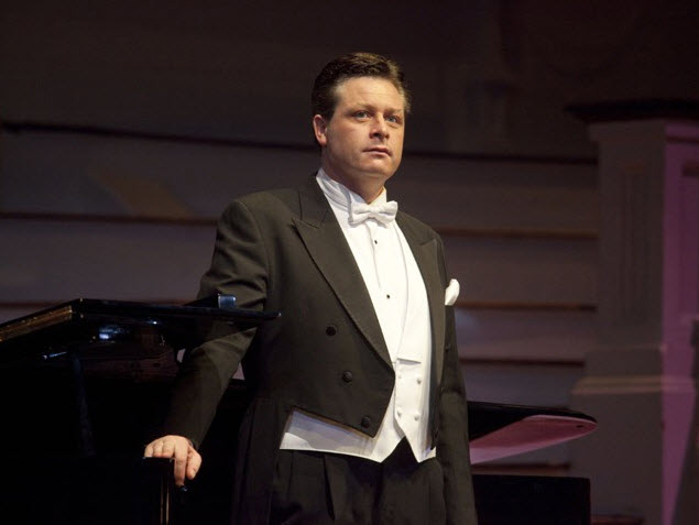 Anthony Kearns of the Irish tenors