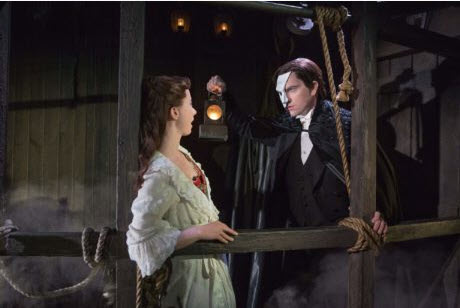 Katie Travis (Christine))and Chris Mann (The Phantom). Photo by Matthew Murphy.