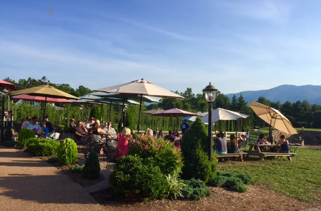 Outdoor dining at Blue Mountain Brewery