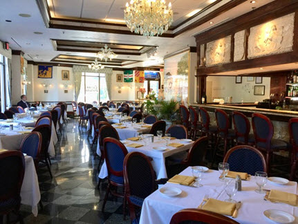The dining room at Ristorante La Perla