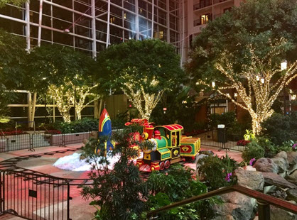 The Potomac Express in the Atrium at the Gaylord