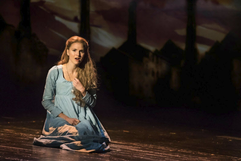 """I Dreamed A Dream"" - Melissa Mitchell as 'Fantine' ~ Photo by Matthew Murphy"